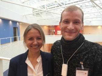 Oxana tolker for hørehæmmetl